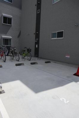 【駐車場】ワコーレヴィータ神戸下沢通Plus