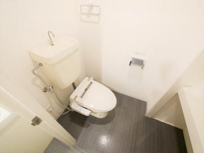 落ち着いたトイレです