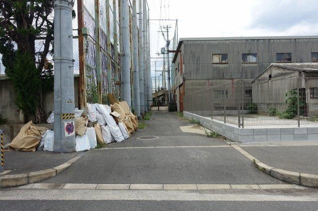 【周辺】長瀬3丁目貸倉庫