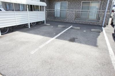 【駐車場】メゾンプチシャトー砂場