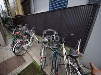 ディアコートセンバ 自転車置場