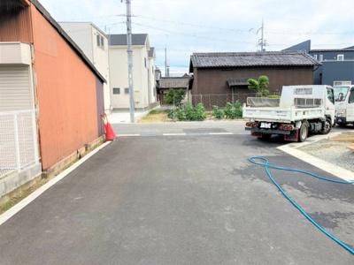 【前面道路含む現地写真】リーブルガーデン 大和高田市今里町第2 全4棟