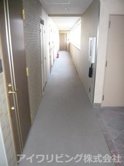 共用廊下【リトルグローブ】