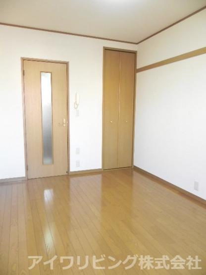 洋室6帖【ソミュール百草Ⅰ】