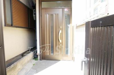 【玄関】東三国4-15-5貸家