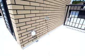 富里市七栄 中古戸建 成田駅 屋上ルーフバルコニー。電源と水栓がついています。