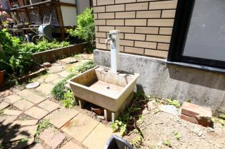 富里市七栄 中古戸建 成田駅 外水栓付きです。