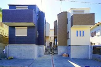 住環境良好の住宅街にあります。 2駅2路線が徒歩圏!!!駅までは平坦で着きます!