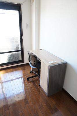 家具・家電は別途3,000円/月でお貸し出し可能です。