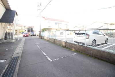 【駐車場】NEWさぬき荘B棟