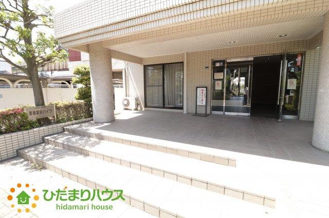 【エントランス】栗橋駅前ハイツ