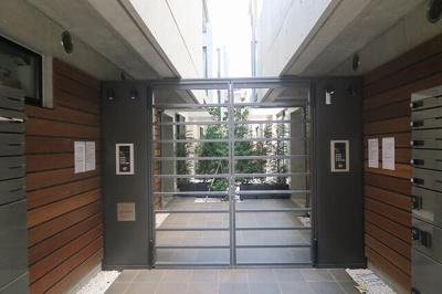 【エントランス】FRANCESCA代田橋WEST