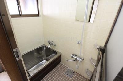 【浴室】港区三先2丁目貸家