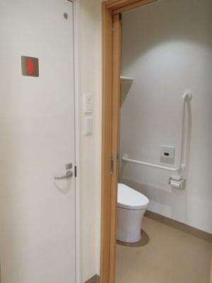 トイレ2箇所あり