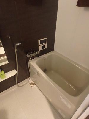 【浴室】ザ・スクエアスイートレジデンス