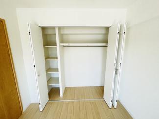 稲毛パークハウスD棟 便利な収納スペースです