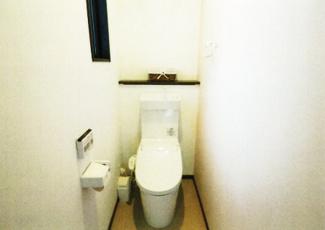 2階トイレ。二階にもトイレがあるのは嬉しいですね。
