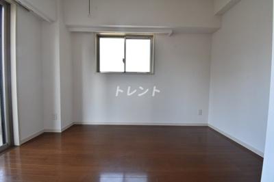 【居間・リビング】エルフラット田町【L-Flat田町】