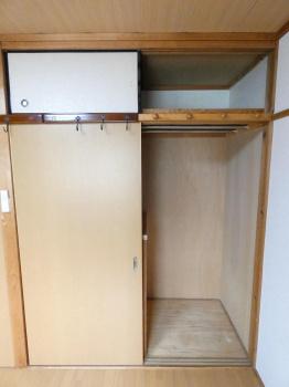 2階和室 収納