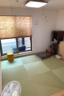2階 洋風和室 扉を開放してLDKとワンフロアでご利用頂けます