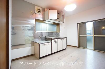 【居間・リビング】宮和田E邸