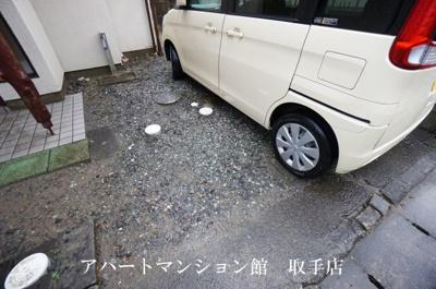 【駐車場】宮和田E邸