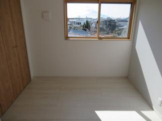 2階4.5帖洋室