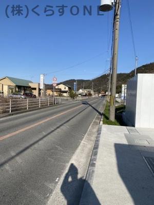 【前面道路含む現地写真】揖保郡太子町天満山/売土地