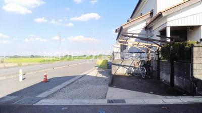 【前面道路含む現地写真】伊奈町大針戸建