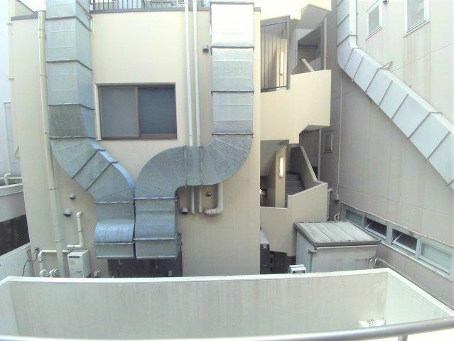 2階からの眺望です。【エクレーヌ小石川】