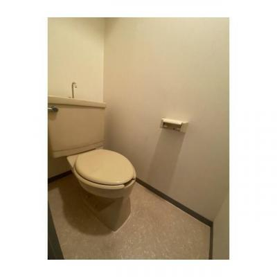 同間取り1Fの部屋洗面化粧台