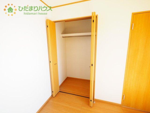 居室にゆとりが持てる大収納クローゼット付き♪