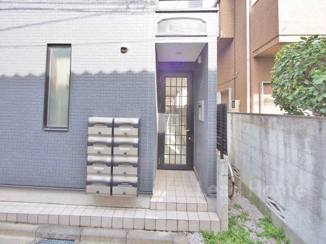 【エントランス】新宿区四谷坂町