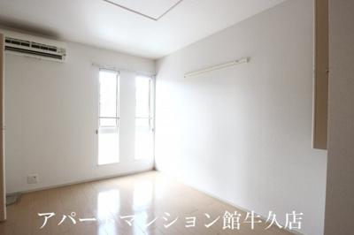 【寝室】クレアール春日C