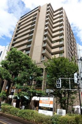 梅田ロフトまで60m!都会のど真ん中ですが、東側には住宅街も広がり生活しやすいエリアです。