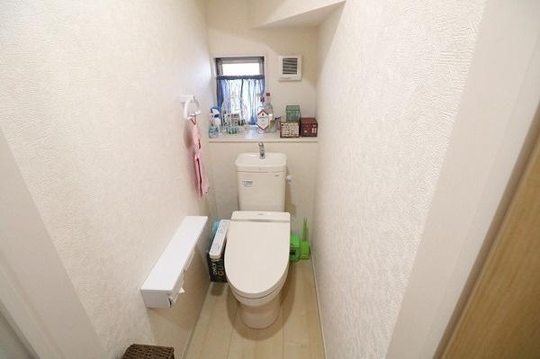 1階快適なシャワートイレ付き!