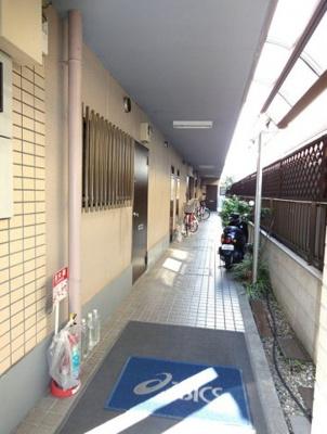 【ロビー】リーフコート東六郷
