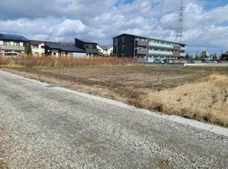 岐阜市六条江東売地 全4区画 敷地50坪以上 南道路につき日当り良好♪建築条件はございません。