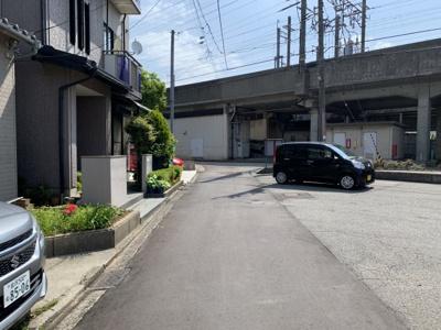 【前面道路含む現地写真】元菊町中古戸建
