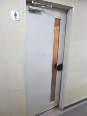 5階男子トイレ