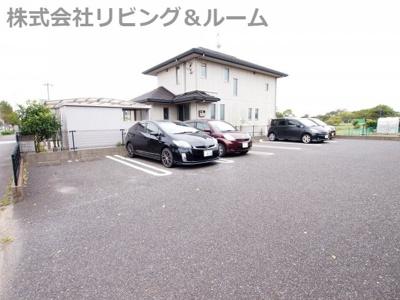 【駐車場】グラン ヴェルジェ・A棟
