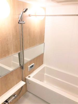 ご利用ーム済でピカピカです。 浴室乾燥機が完備で防カビ対策にもなり清潔にご利用いただく事ができますね♪