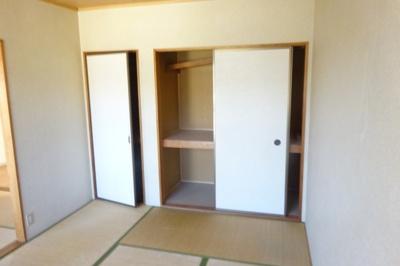 【寝室】セジュール塚脇
