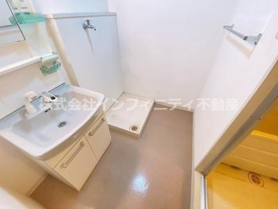 スペースが確保できる洗面所です
