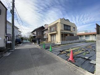 【前面道路含む現地写真】杉並区本天沼3丁目 建築条件なし土地
