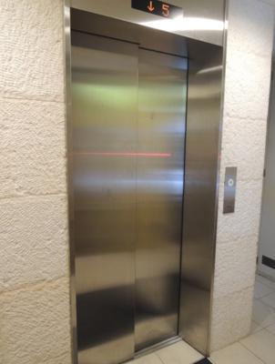 カサ・デ・チェーロ エレベーター
