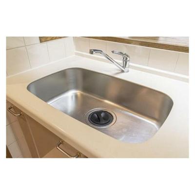 幅も広く洗い物などもしやすいな綺麗なシンクです。