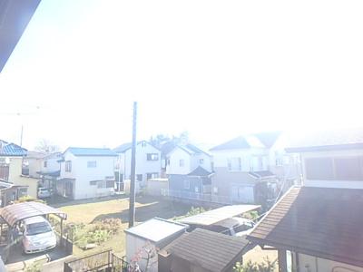 バルコニーからの眺望です。とても明るいです。