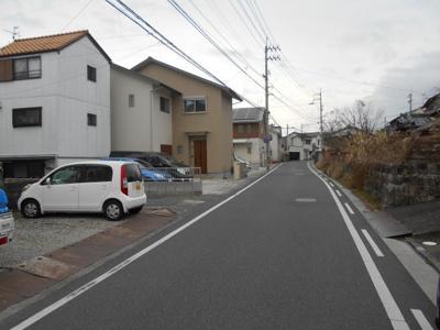 【前面道路含む現地写真】高知市福井町建築条件付き売地