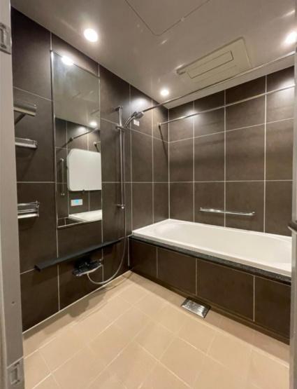 パークコート代々木初台:浴室乾燥機&追焚機能付き浴室です!